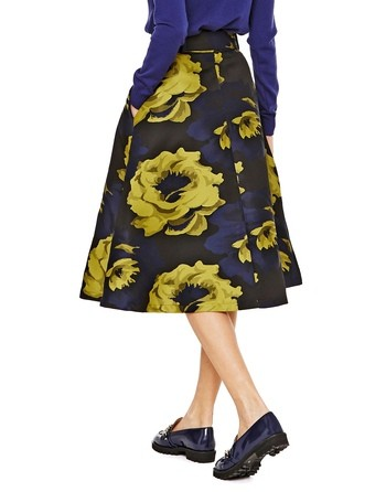 Jacquard Skirt With Maxi Roses Print